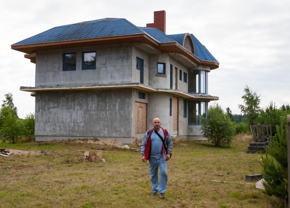Būvējot māju, nodokļu slogs nav % | Re:Baltica