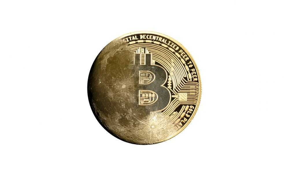 vietnes, kur pelnīt naudu bitkoinos)