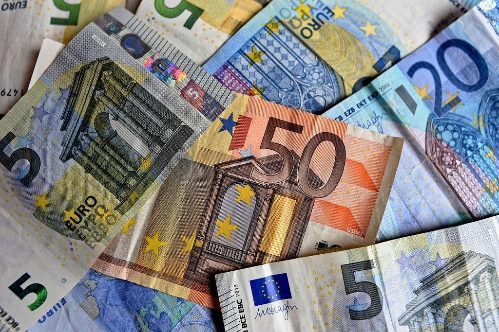 Raksti - Skaidrā nauda – bija, ir un būs, turklāt jaunā un labākā formā