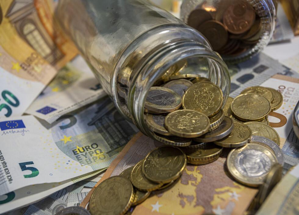 tirdzniecības signāli eiro dolārs