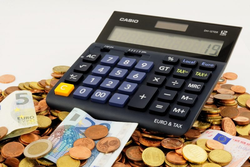 Ātri padomi, kā nopelnīt naudu tiešsaistē Indijā