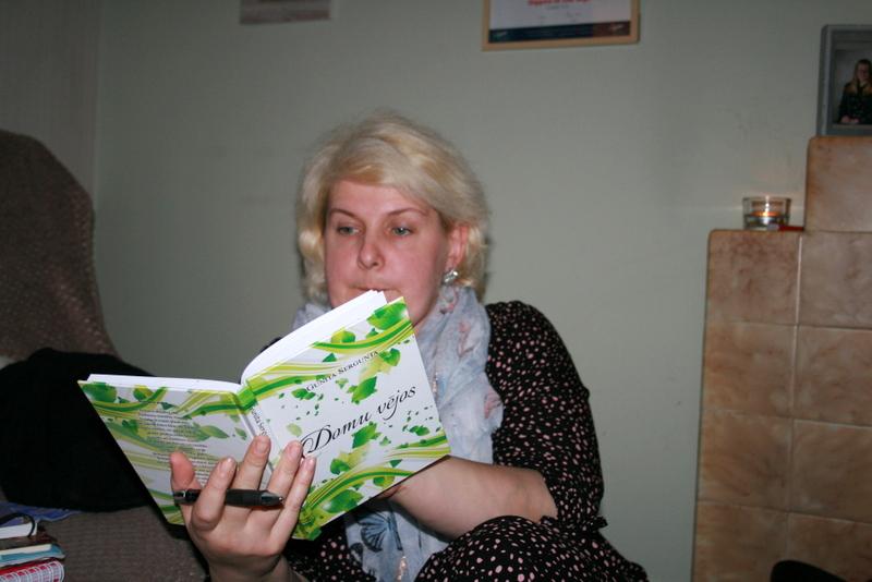 Daniila Dragoviča ieņēmumi internetā)