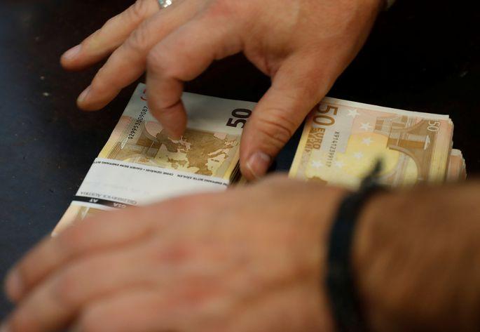 tiešsaistes ienākumu nauda)