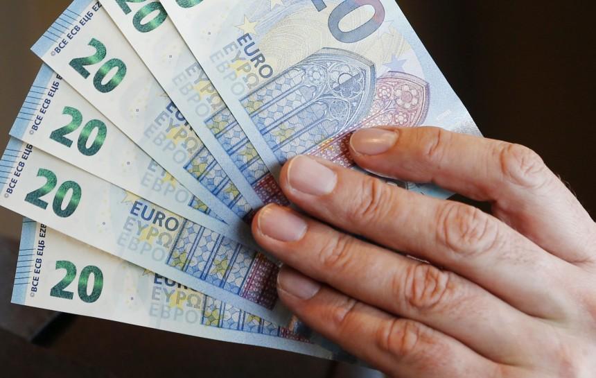 Ātrais kredīts ir ātrākais veids, kā legāli iegūt naudu