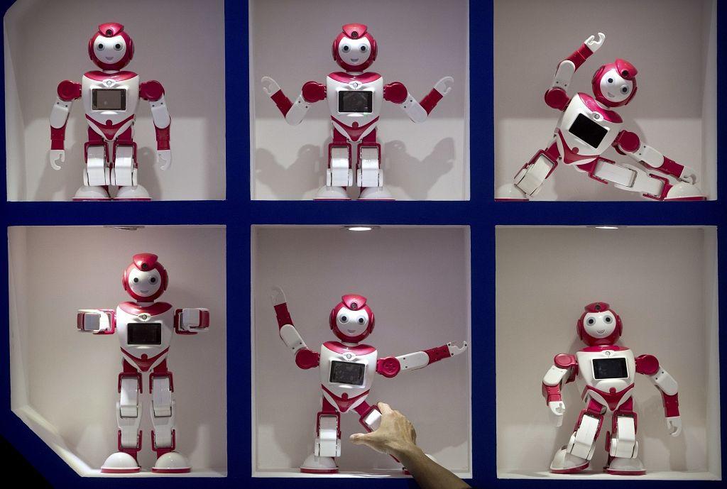tirdzniecības robotu mīts vai realitāte)
