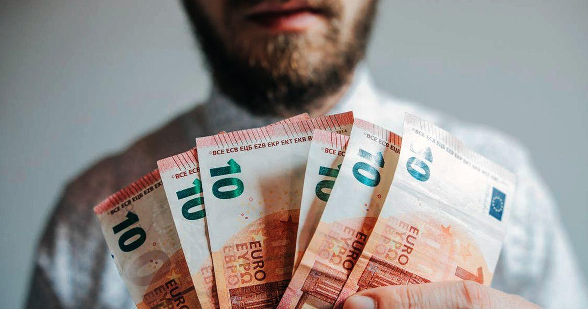ātra nauda 10)