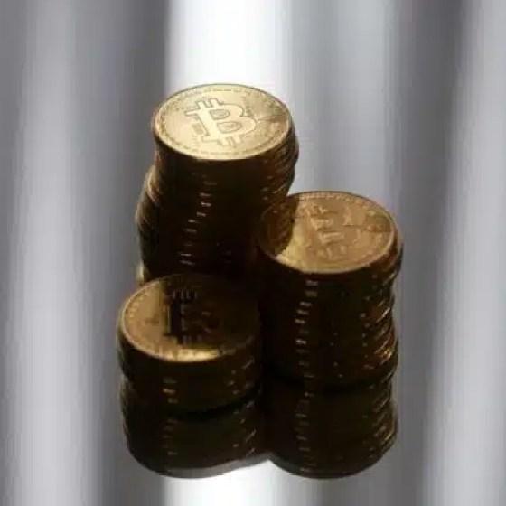 Miljoniem Bitcoins maina īpašniekus anonīmā tīklā