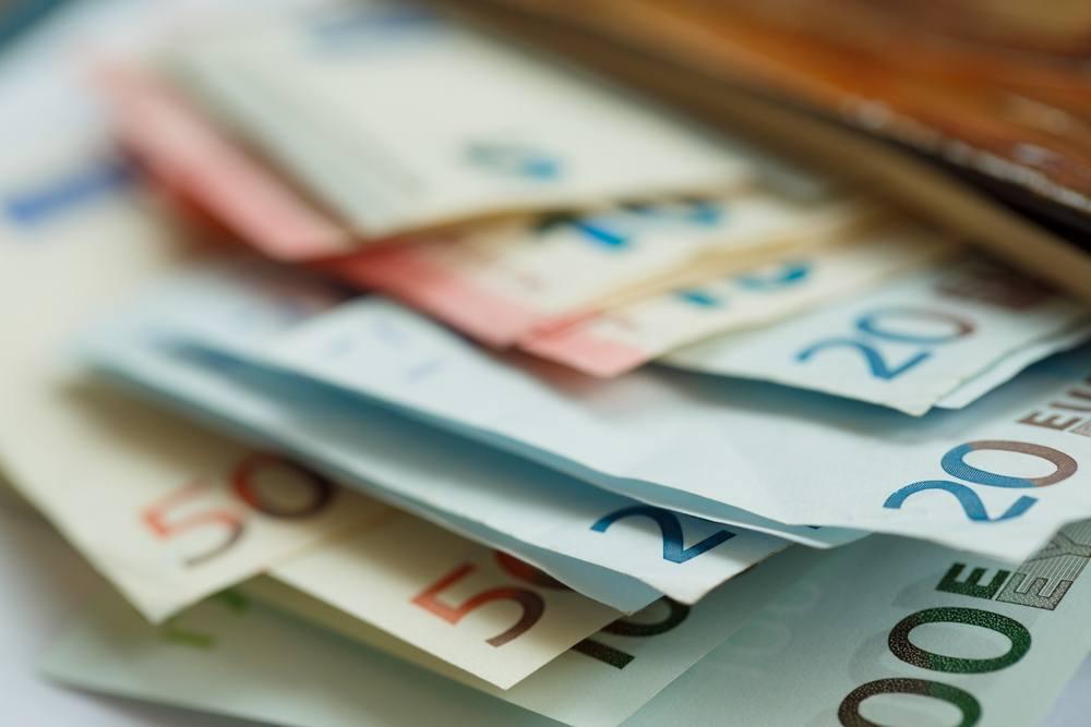 nopelni daudz satoshi nopelnīt naudu tulkošanā