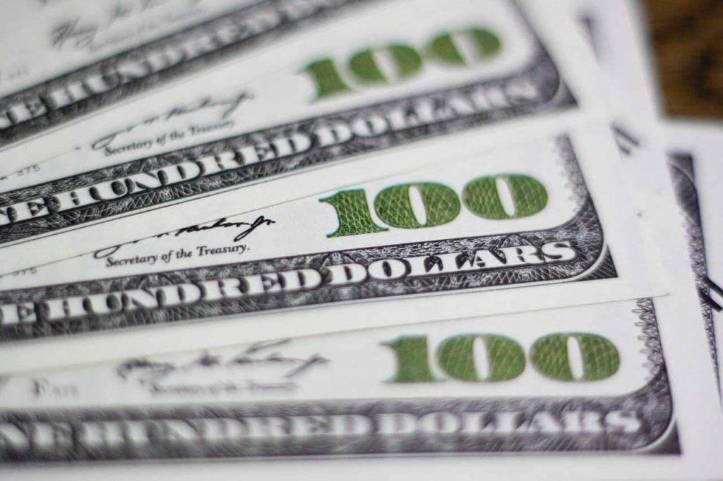 10 veidi, kā nopelnīt naudu (stundas laikā) Gada labākais aizdevējs