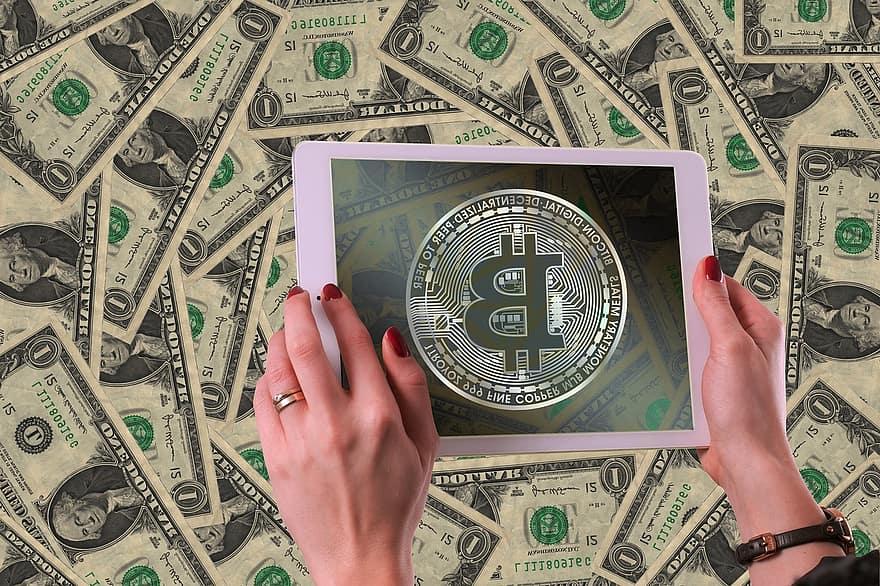 nopirkt Bitcoin naudu