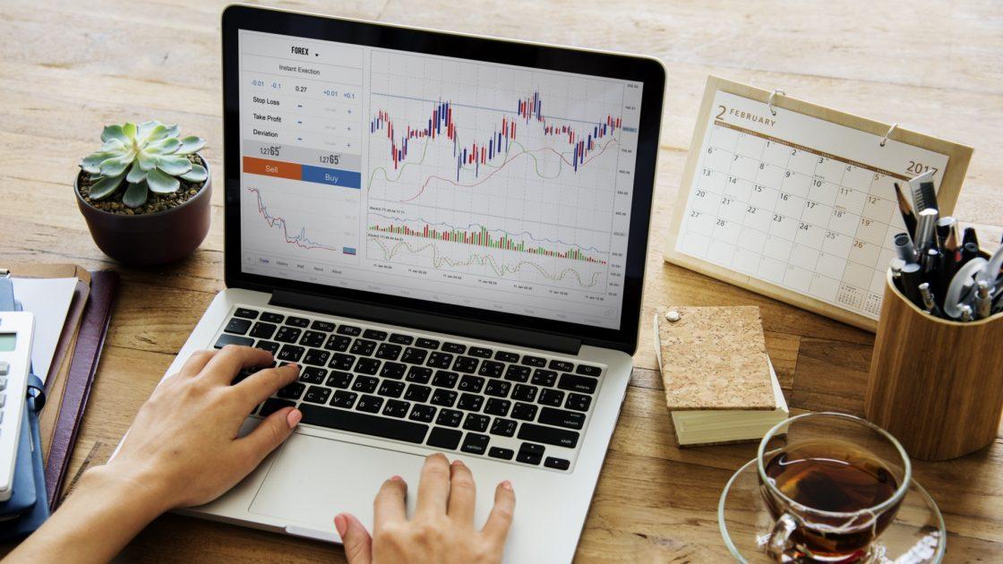 vaniļas un bināro opciju opciju tirdzniecības video pamācības