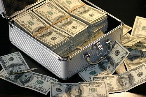 Kāpēc sapņot saņemt naudu? Sapņu interpretācija: par ko sapņo nauda.