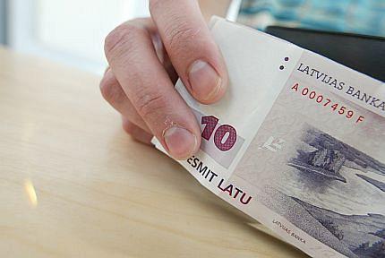 lai nopelnītu naudu pensionāram mūsdienu literatūra par tirdzniecību