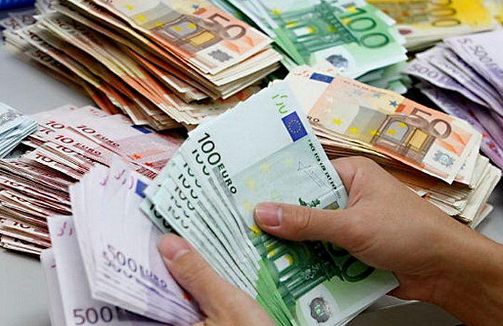 ātra nauda jaunajā gadā)