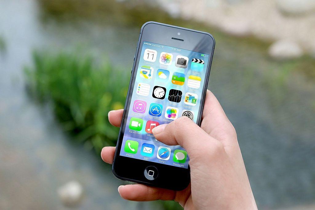 ieņēmumi no mobilajiem numuriem, izmantojot internetu