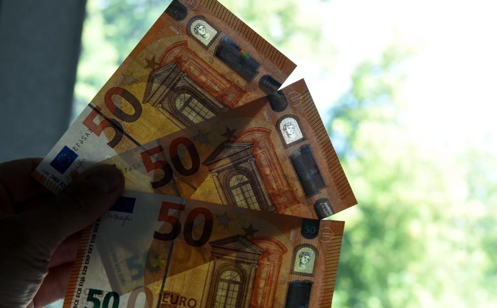 Man tiešām ir jāpelna nauda)