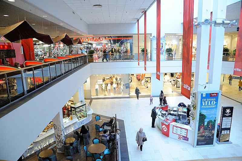 """TV – Tirdzniecības centra """"Baata"""" atklāšana pulcē lielu apmeklētāju pūli"""